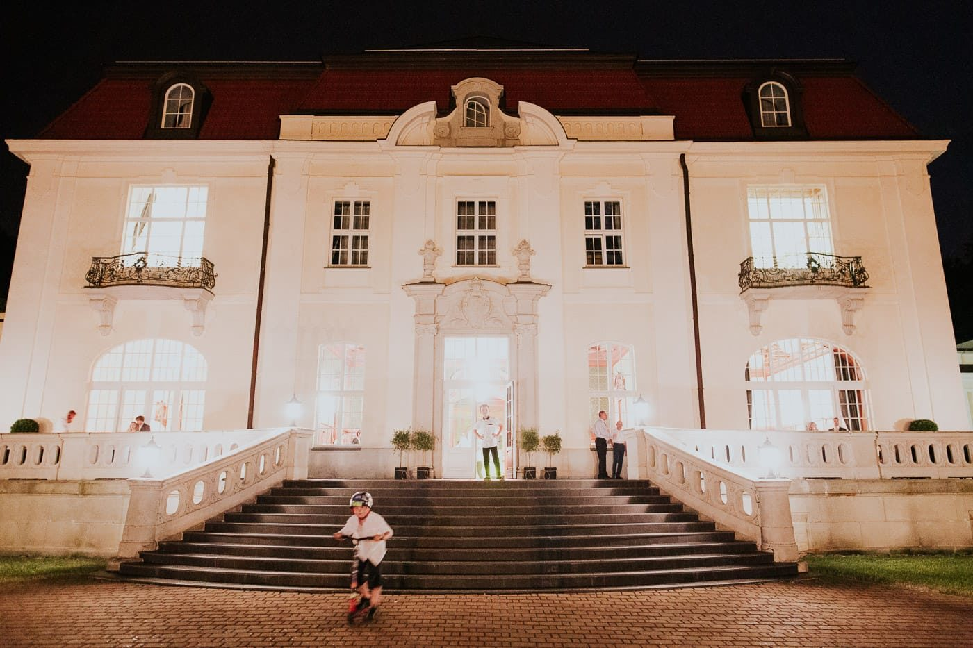 Maciej Sobol fotograf ślubny Kraków Małopolska 48 1400x933 - Fotografia ślubna na kliszy vs fotografia cyfrowa
