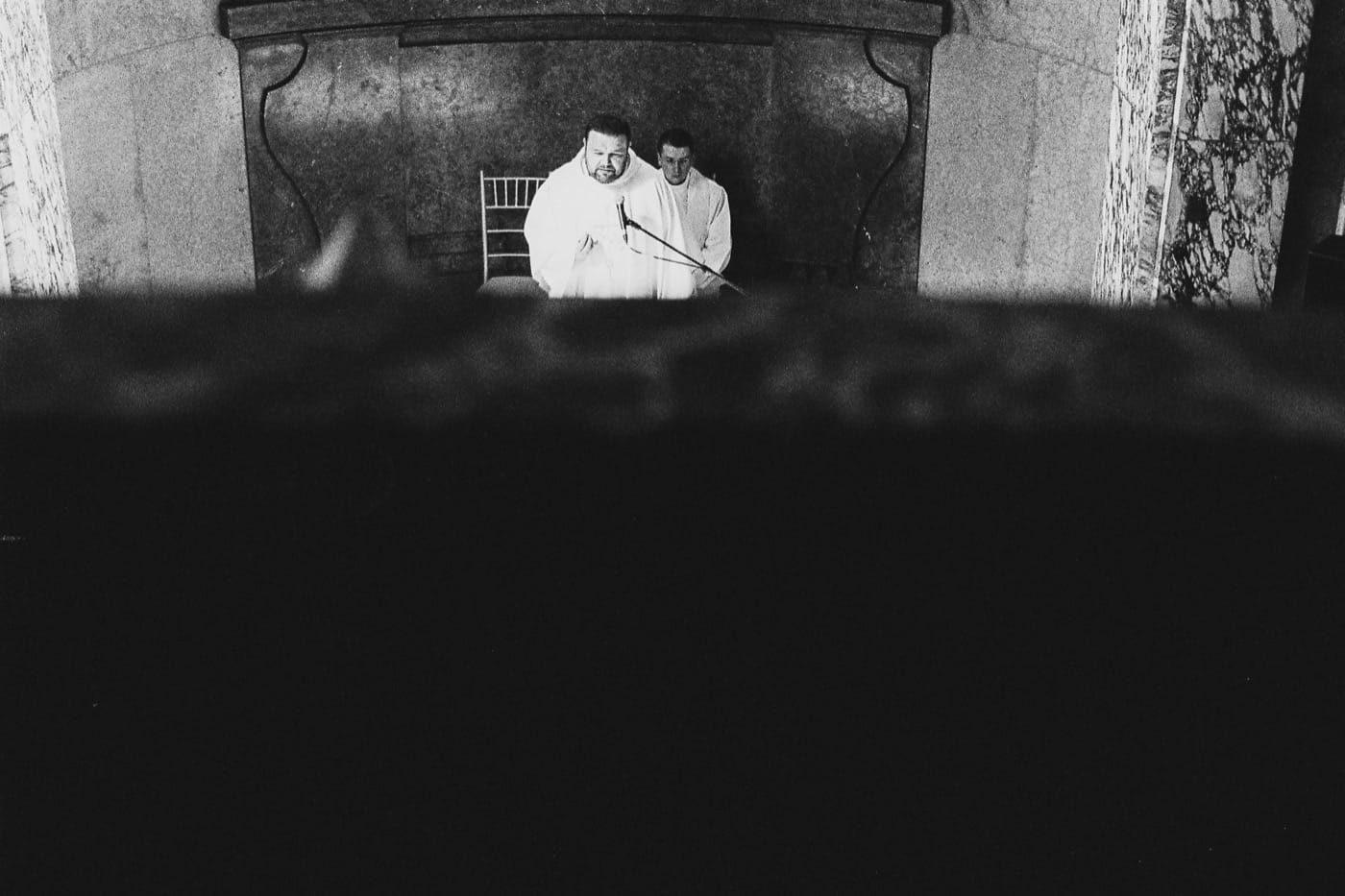 maciej sobol fotograf slubny krakow fotografia slubna na kliszy analogowe zdjecia slubne Maciej Sobol Brzesko Małopolska Kraków fotograf 71 1400x933 - Gosia & Kuba - Analogowo - [Pałac Goetz, Brzesko]